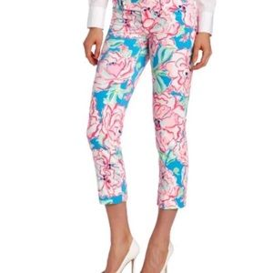 Lilly Pulitzer Luxury Capri in Lucky Charm Flutter